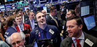 U.S. Futures, Europe Stocks Dip Amid Growth Noise: Markets Wrap