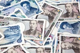 American Dollar Gains Against Yen Amid Sentiment Changes