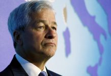 "Jamie Dimon Claims People Who Buy the Bitcoin Are ""Stupid"""