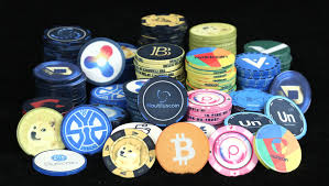 Cryptocurrencies Risk and Advantages