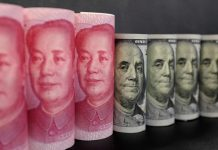 Dollar weak on trade war worries; Draghi's comments help euro