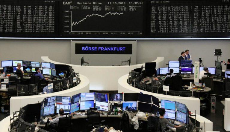 Aktienmärkte rutschen in Absenz einer Handelsvereinbarung ab