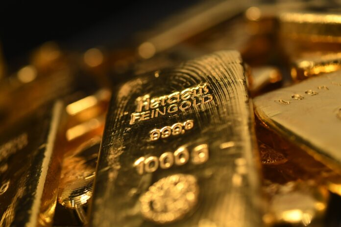 Stocks Rise, Gold Pierces Record Amid Fed Wagers: Markets Wrap