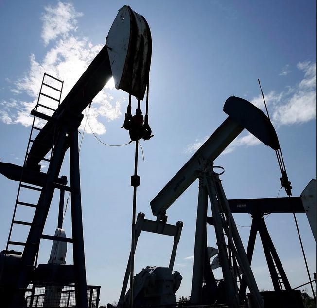 Explicación de la Caída del Petróleo: ¿Cómo son Posibles los Precios Negativos del Petróleo?