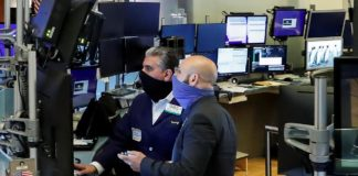 S&P 500, Dow Extend Rally On Hopes Of Swift Economic Rebound