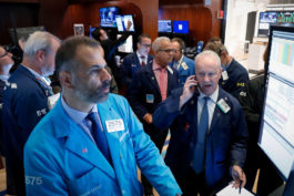 Stimulus Hopes Lift Wall Street, Financial Stocks Lead Gains