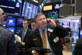 Stock Futures Dip As Trade Uncertainty, Growth Worries Weigh