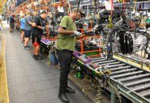 U.S. Core Capital Goods Orders Tepid; Shipments Drop