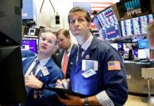 Wall Street Mixed As Amazon, Facebook Weigh