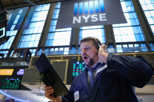 Wall St. Treads Water As Boeing, Facebook Weigh; Fed Meeting On Tap