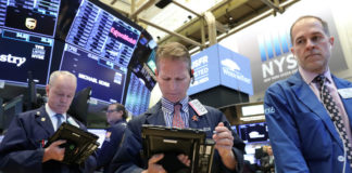 Wall St. Rises As Trade Optimism Boosts Tech, Industrials