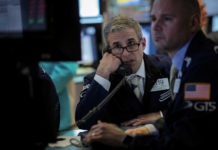 Wall Street Set To Open Modestly Lower As Global Growth Fears Persist