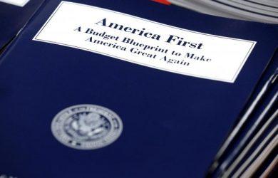 Congress moves closer to deal to avert government shutdown