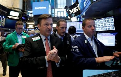 https://www.investing.com/news/stock-market-news/stock-futures-up-as-tech-stocks-recover;-fed-meeting-in-focus-494780